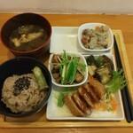 HAO - 料理写真:一汁四菜おまかせ定食