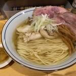 コッチネッラ - 料理写真:鶏そば 塩のほうへ