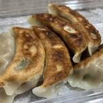 味臨軒 - 焼き餃子(6個)【煎餃】