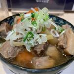 立飲み寿司 三浦三崎港 めぐみ水産 - 鮪スジのやわらか煮