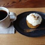cafe ナナクリ - ケーキは同行者型飲んだ物