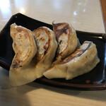 Hirakutei - 餃子