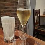 ボッテガ ニック - スパークリングワイン(白)
