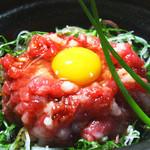 神楽坂 おいしんぼ - 新名物熊本産「馬肉」を使った【さくらゆっけ】