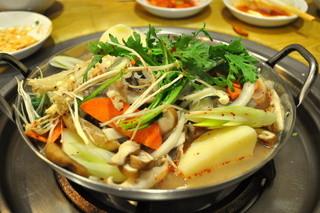 韓国家庭料理ハレルヤ - カムジャタン