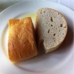 13697919 - 自家製パン