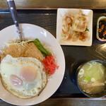 キッチン SALA - 「しょうが焼き目玉丼定食」@680(税別)