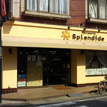 patisserie Splendide - お店の外観です。明るいカリフォルニアのイメージかな?