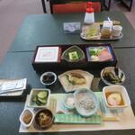 花山温泉 薬師の湯 - 朝食