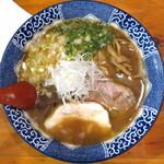 136987993 - 鶏白湯醤油_780円