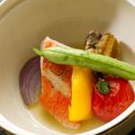 浅葱  - 蝦夷鮑と金目鯛の白ワイン蒸し