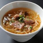 MESHIYAはらぺこ - 肉スープ 380円