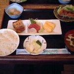 1370591 - よくばり定食