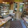 furoma-juu - 内観写真:キャラクターの写真がいっぱい貼ってあるかわいいお店です。