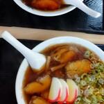 大石家 - チャーシュー麺の普通と大盛