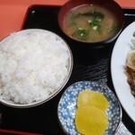 上海軒 - 豚のしょうが焼き定食(ご飯大盛り)