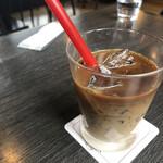 マイゲベック - これはコーヒゼリー入ったカフェラテ。 これも普通やったかな〜