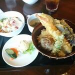夕日ヶ丘レストラン善生 -