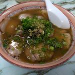 金龍食堂 - 「チャーシューメン」(680円)。この茶色いスープがとても美味しいとです。