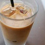 マザームーンカフェ - アイスコーヒー
