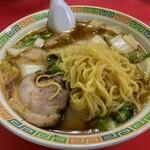 名物王寺ラーメン - 王寺ラーメンの麺