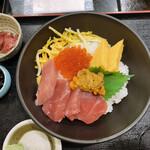 海鮮どんぶり亭 - 料理写真: