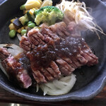 近江牛ステーキとがぶ飲みワイン ニクバルモダンミール -