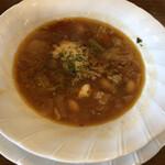 チムニー - 料理写真:ランチのスープ