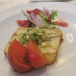 エスプリメ - ヒメジとじゃが芋の温製テリーヌ