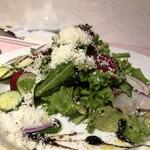 ニューローズ - 地野菜のサラダ 980円