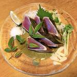 きときと - 料理写真:かつお藁焼きたたき(塩)