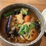 カレー気分 - チキン野菜(辛さ8番)