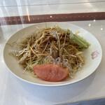 広東名菜 富徳 - 冷やし中華、盛り付け後。