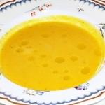 13705203 - ニンジンとタイムのスープ