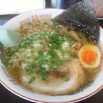 岡山らぁめん 麺屋照清 - 岡山塩らーめん (500円)