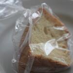 ストロベリータイム - 料理写真:シフォンケーキ