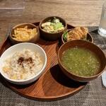 Trattoria INOUE - 基本500円セット+一皿