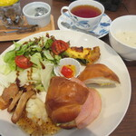 ナナイロ カフェ - 料理写真:パンプレートセット1,100円