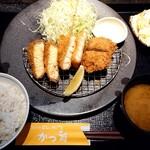 かつ雅 - 料理写真:サーモン・海老かつ・ヒレ定食(1480円+税)  ご飯、味噌汁、漬物、キャベツおかわり自由です。