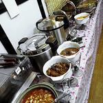 田舎菜館 - 料理台
