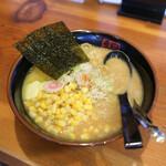銀のくら - 料理写真:にんにくバターらーめん純みそ + コーン☆