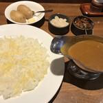 Gaviaru - ビーフカレー辛口
