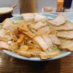 137085988 - 左が醤油で右が塩スープ