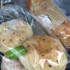 ルパンルパン - 料理写真:ごまチーズとマロンクリームが入ったバゲッド