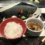 137094013 - セットのご飯とスープ
