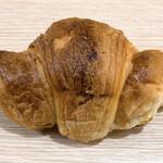 ペッパーズパントリー - こがしバターのクロワッサン