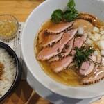 本町製麺所 阿倍野卸売工場 中華そば工房 - 冷やし鴨そば+鶏皮コラーゲン丼