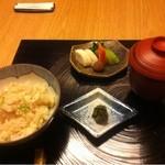 和田倉 - 鯛の炊き込みご飯。