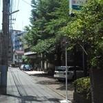 13710460 - 201207 銀杏の木 精養軒は閑静なエリアにあります.jpg