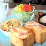 亜蛮忠留 - 料理写真:アメリカントーストモーニング